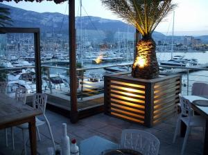 la-sella-apartment-spanish-rentals-denia-marina-viewed-from-the-fabulous-la-senza-bar-497-3384450_2400_1800