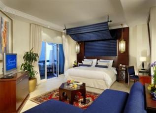 kempinski-hotel-ajman-bedroom