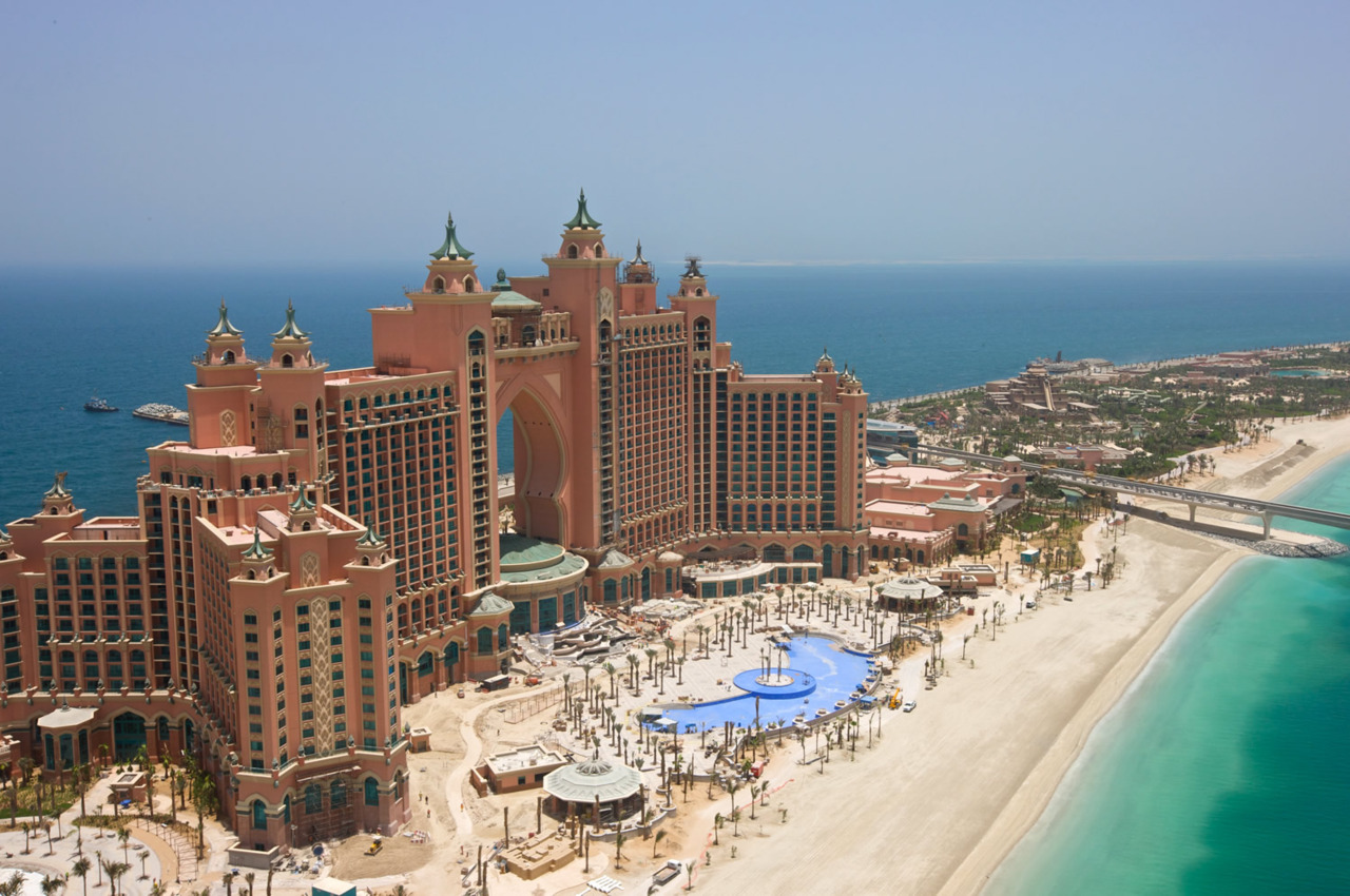 The World Islands Dubai Hotels