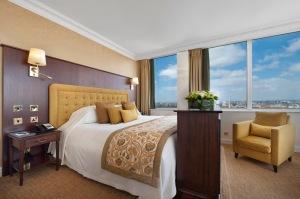 Lancaster London - Radnor Suite Bedroom (2)