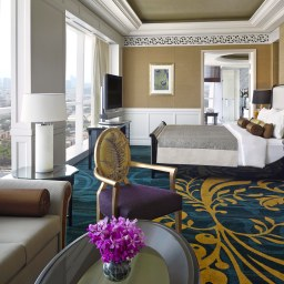 dusit-thani-abu-dhabi_rooms_royal-suite_bedroom