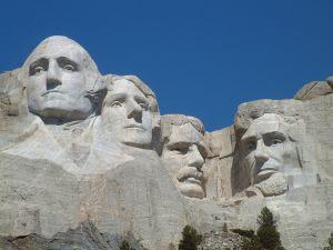 Mount_Rushmore_National_Memorial