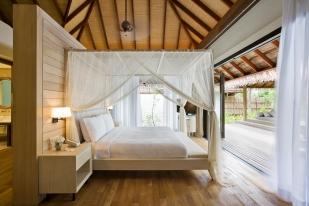53433588-H1-Garden_Suite_Bedroom_View_2
