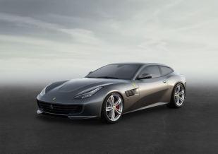 Ferrari_GTC4Lusso_fr_3_4_LR