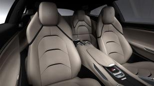 Ferrari_GTC4Lusso_interior_300dpi