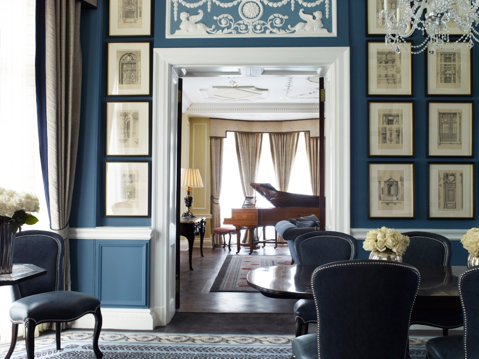 royal-suite-dining-room