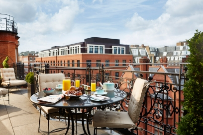 terrace-suite-breakfast-set-up