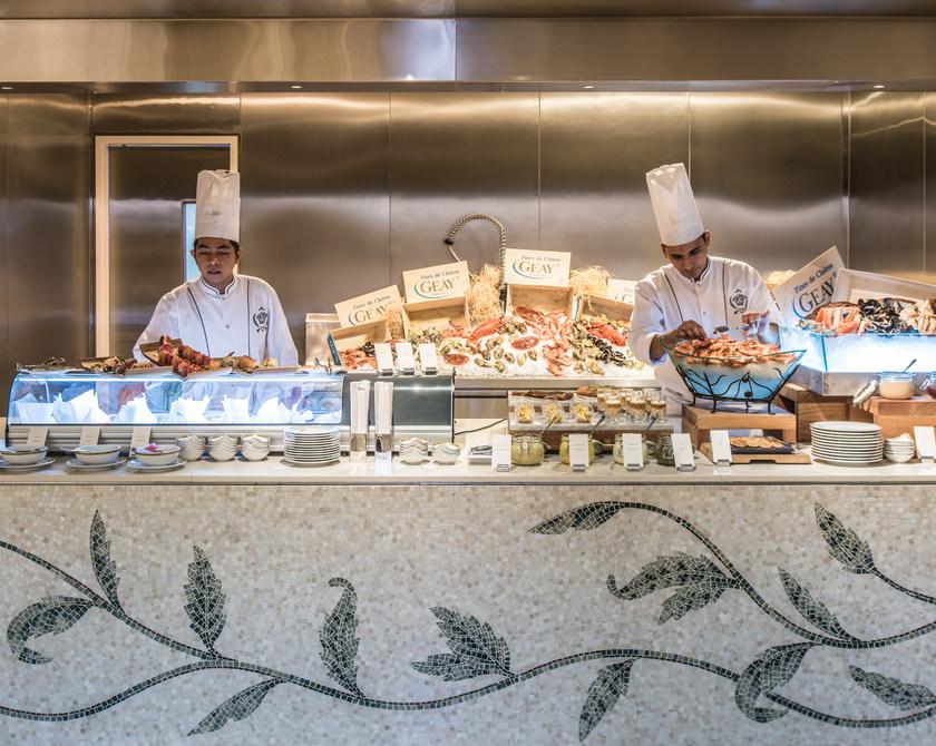 Giardino_Seafood_Station.jpg