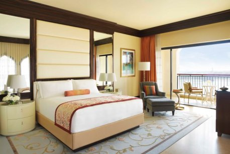 the-ritz-carlton-abu-dhabi-grand-canal-deluxe-room