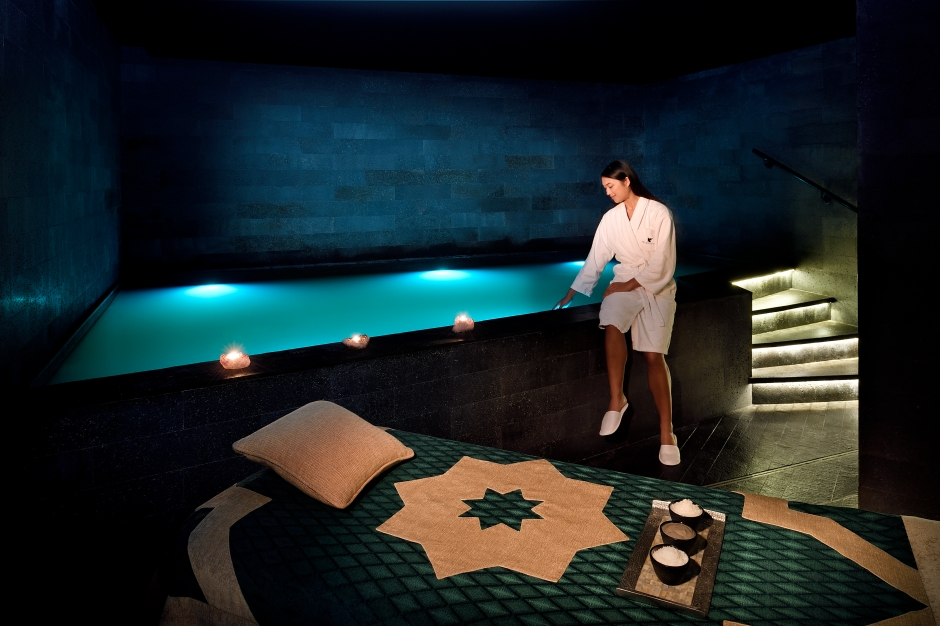 JWMM_ Saray spa_ Dead sea floatation pool - Lifestyle