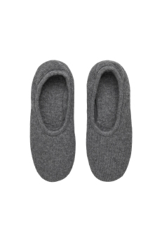 COS_Slippers_AED350
